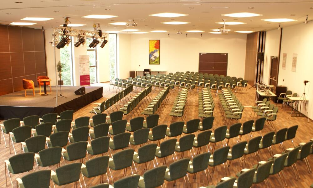 Seminar room for 400 persons