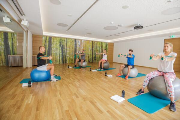 Fitness programme in the exercise room