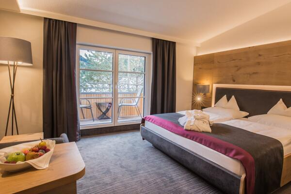 spacious newly renovated double room luxus