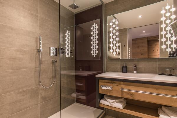 renovated bath room with shower